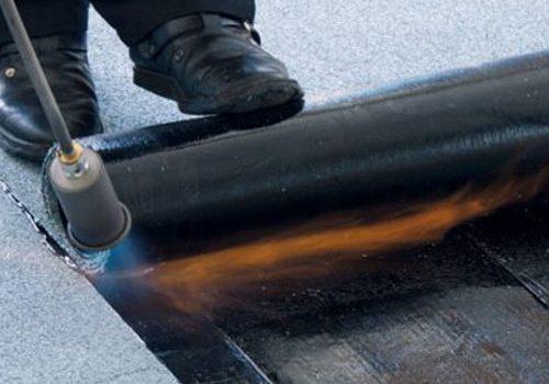 Bitumen Dakleer branden